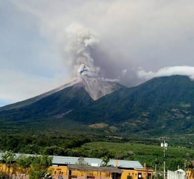 September 30, 2019. EN. Chile : Copahue , Indonesia : Anak Krakatau , Guatemala : Fuego , United States : Cascade Range Volcanoes .