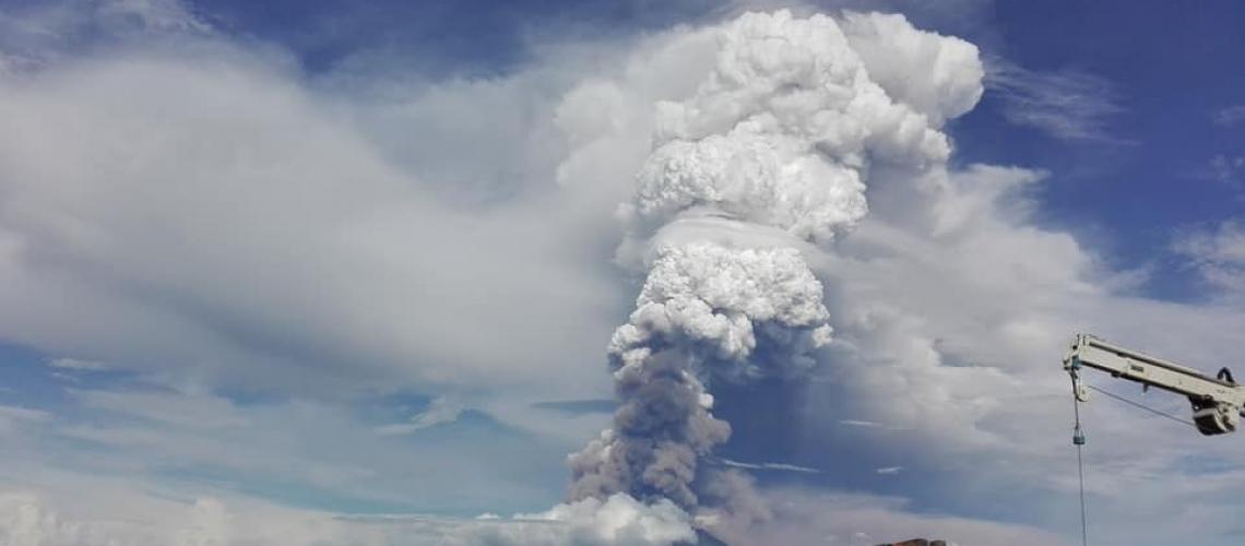 December 09 , 2018. EN. Papua New Guinea : Manam , Chile : Puyehue-Cordon Caulle , France / Guadeloupe : La Soufrière , Mexico : Popocatepetl .