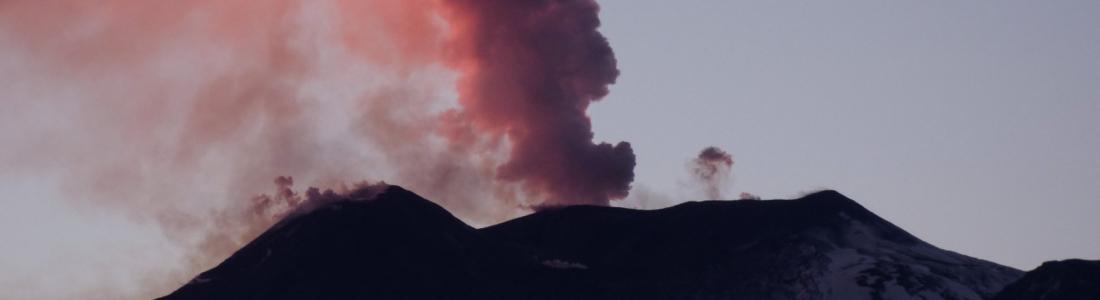 28 Décembre 2018. FR. Italie / Sicile : Etna , Archipel du Vanuatu : Ambrym , Indonesie : Anak Krakatau , Kamchatka : Sheveluch .