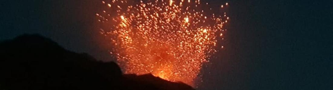 17 Juillet 2019. FR. Italie : Stromboli , Italie / Sicile : Etna , Hawaï : Kilauea , Colombie : Chiles / Cerro Negro , Nouvelle Zélande : Lac Taupo .