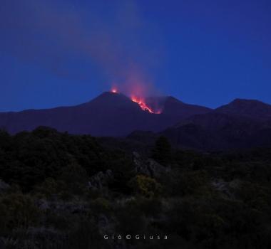 July 19, 2019. EN. Italy : Stromboli , Italy / Sicily : Etna , Alaska : Semisopochnoi , Hawaii : Mauna Loa , Mexico : Popocatepetl .