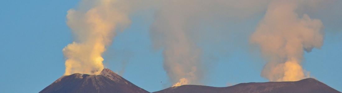 26 Aout 2019. FR. Japon : Asama , Italie / Sicile : Etna , Kamchatka : Sheveluch , Nouvelle Zélande : Ruapehu , Equateur : Reventador .