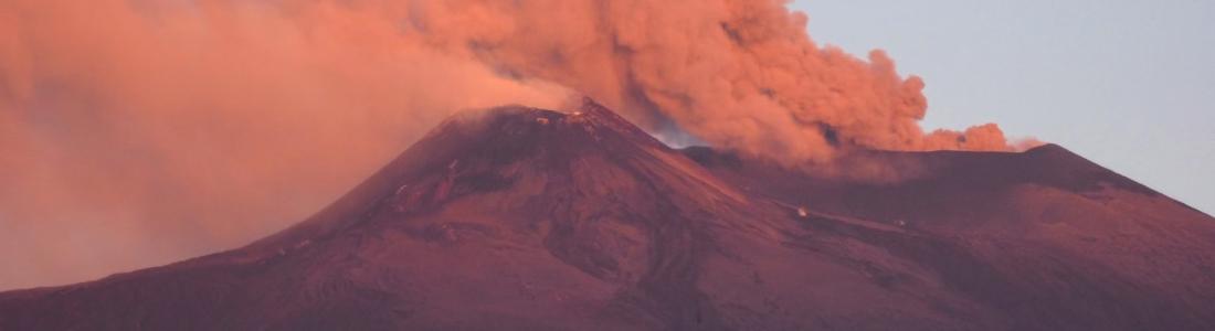 November 06 , 2019 . EN . La Reunion : Piton de la Fournaise , Italy / Sicily : Etna , Alaska : Pavlof , Tonga Islands : Metis Shoal / Lateiki , Indonesia : Anak Krakatau .