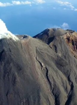 October 19, 2020. EN . Philippines : Kanlaon , Indonesia : Karangetang , Guatemala : Pacaya , Kamchatka : Bezymianny .