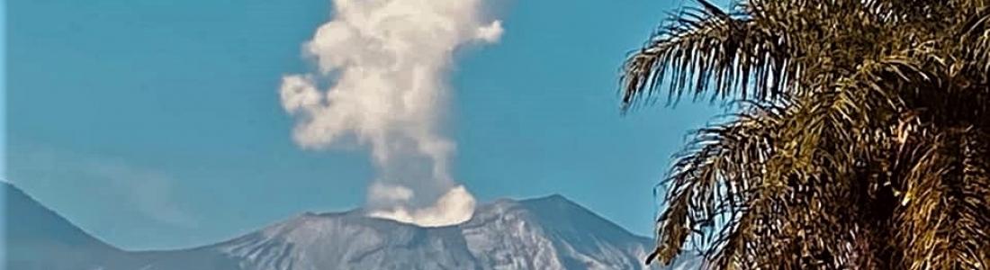 May 02 , 2020. EN . La Reunion : Piton de la Fournaise , United States : Yellowstone , Costa Rica : Turrialba / Poas / Rincon de la Vieja , Indonesia : Anak Krakatau .