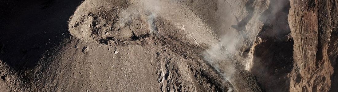 14 Novembre 2019. FR . Alaska : Shishaldin , Colombie : Nevado del Ruiz , Indonésie : Sangeangapi , Guatemala : Fuego .