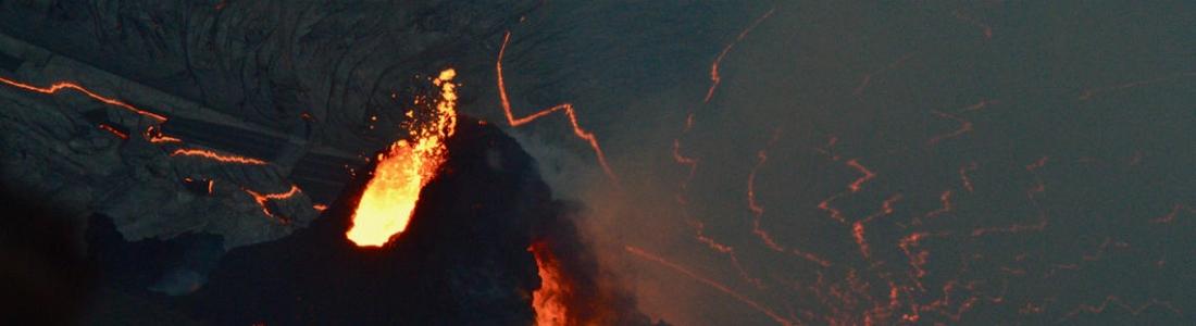 02 Janvier 2021 . FR . Hawaii : Kilauea , Kamchatka : Klyuchevskoy , Saint Vincent et les grenadines : Soufrière Saint Vincent , Chili : Nevados de Chillan , Guatemala : Pacaya .