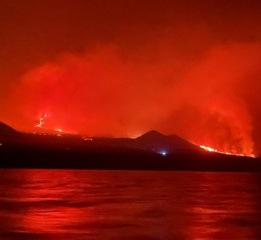 September 29, 2021. EN. Spain / La Palma : Cumbre Vieja , Italy / Sicily : Etna , Italy : Stromboli , Kamchatka : Klyuchevskoy , Guatemela : Fuego .