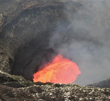 April 24 , 2019 . EN . Peru : Sabancaya , Guadeloupe : La Soufrière , Colombia : Chiles / Cerro Negro , Vanuatu Archipelago : Ambrym , Indonesia : Anak Krakatau .