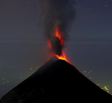 November 06 , 2017. EN. Lokon Empung , Fuego , Turrialba , Poas , Rincon de la Vieja , Arenal , Piton de la Fournaise .