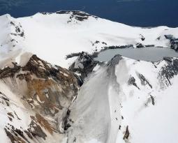 February 24, 2020. EN . New Zealand : Ruapehu , Philippines : Taal / Mayon , Chile : Nevados de Chillan , Mexico : Popocatepetl .