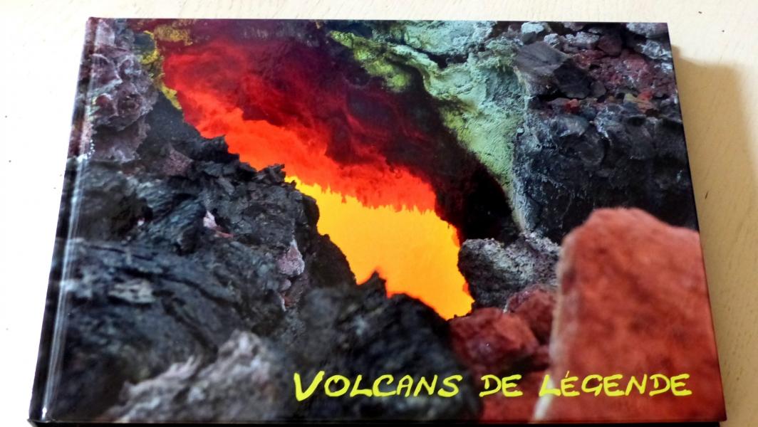 Livre Volcans de legende