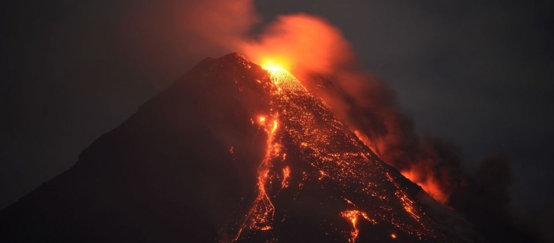 January 30 ,  2018. EN.  Mayon , Sabancaya , Kusatsu-Shiranesan , Kadovar .