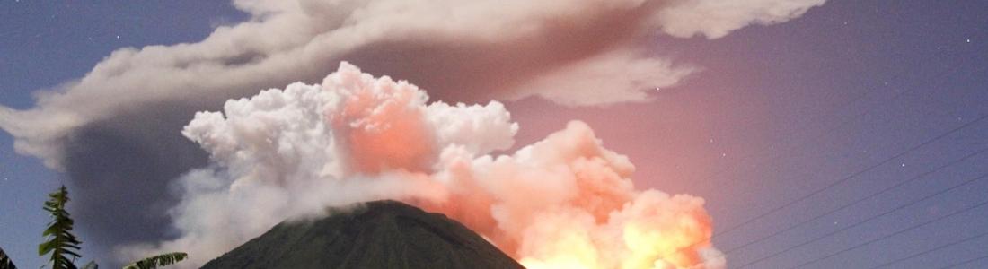 August 31, 2015. English.  Lokon – Empung, Taal , Popocatepetl .