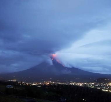 February 06 ,  2018. EN. Mayon , Kadovar , Sabancaya , Dukono .