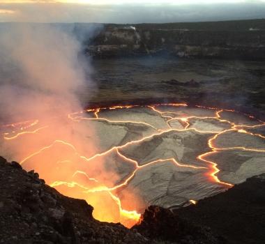 September 09 , 2016. EN.  Kilauea , Planchon-Peteroa , Fuego , Sheveluch .