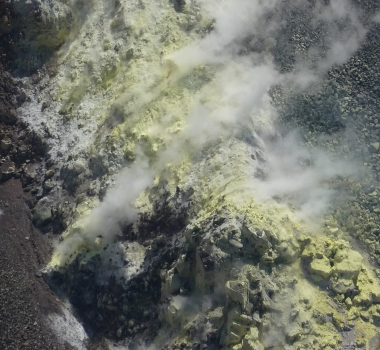 May 08 , 2020. EN. Hawaii : Kilauea , Alaska : Cleveland , Indonesia : Dukono , El Salvador : Santa Ana (Llamatepec) , Japan : Sakurajima .