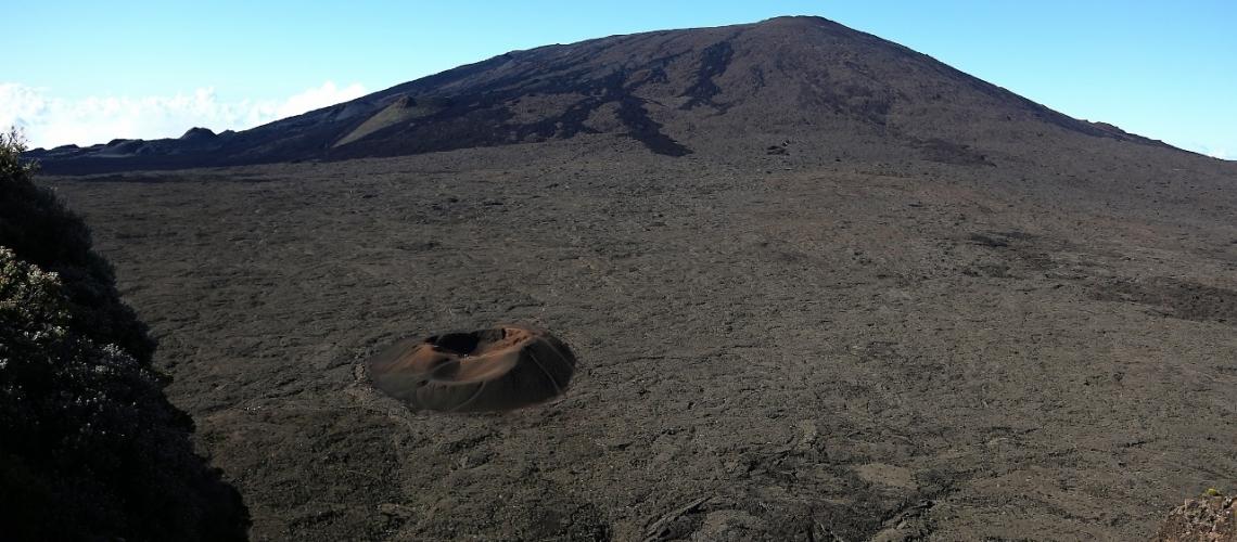February 17 , 2019. EN.  La Réunion : Piton de la Fournaise , Update 17:15.