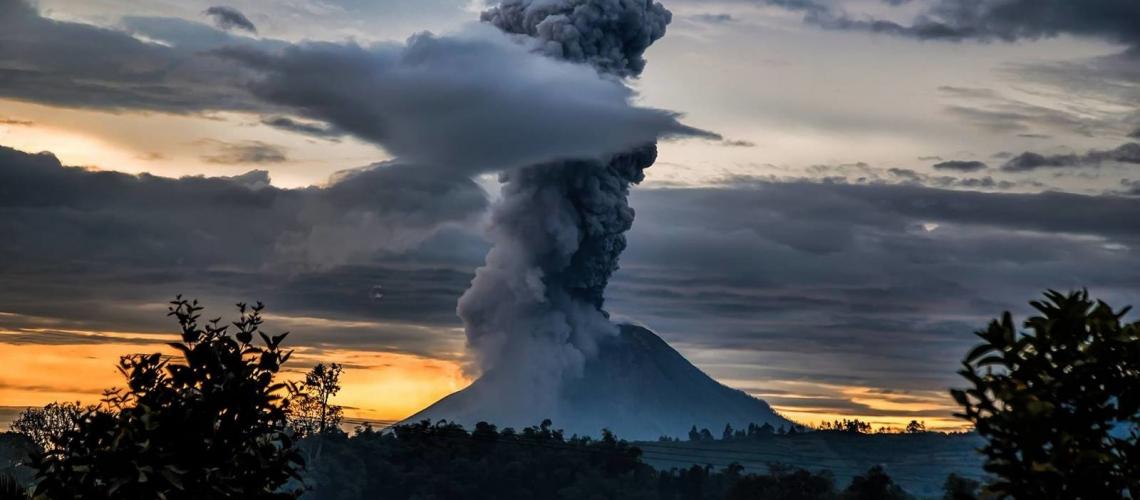 26/05/2017. FR . Sinabung , Poas , Turrialba , Reventador , Mauna Loa .
