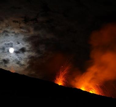 26/04/2015. Piton de la Fournaise, Ngauruhoe, Popocatepetl .