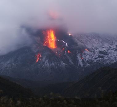 18/02/ 2016. FR. Sakurajima , Copahue , Momotombo / Masaya / Telica , Zhupanovsky .