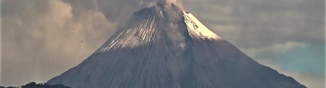 06 Octobre 2020. FR . La Réunion : Piton de la Fournaise , Pérou : Sabancaya , Costa Rica : Rincon de la Vieja , Equateur : Sangay .
