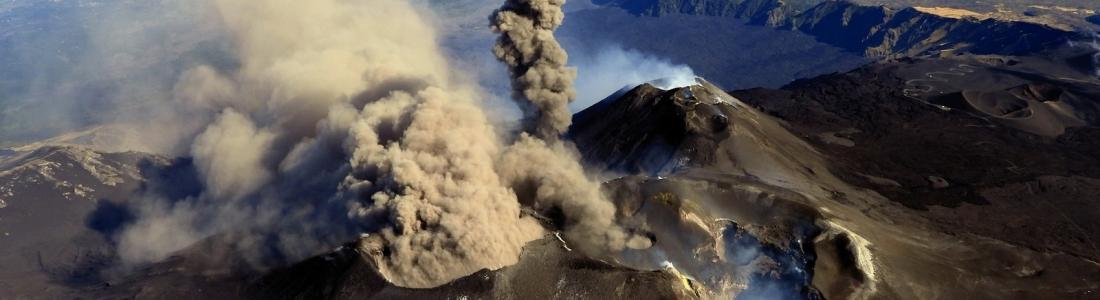 07 Octobre 2019. FR . Italie / Sicile : Etna , Chili : Nevados de Chillan , Equateur : Reventador , Philippines : Taal , Indonésie : Kerinci .