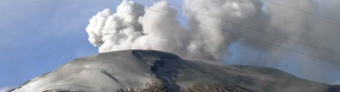 29/05/2015. Kuchinoerabujima , Wolf , Nevado del Ruiz.
