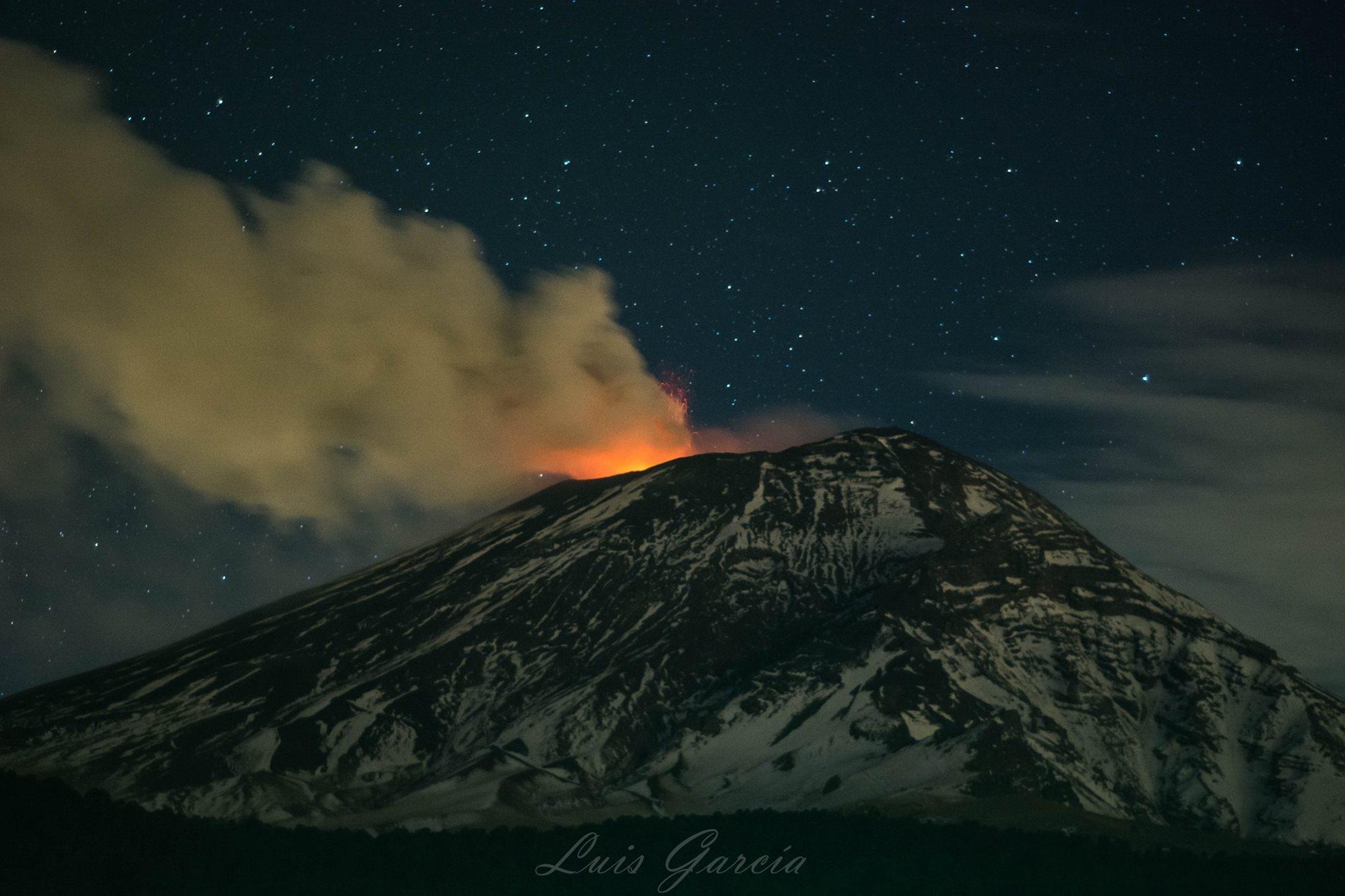 09/02/2016. Fr. Nevado Del Ruiz , Popocatepetl , Guallatiri , Momotombo .