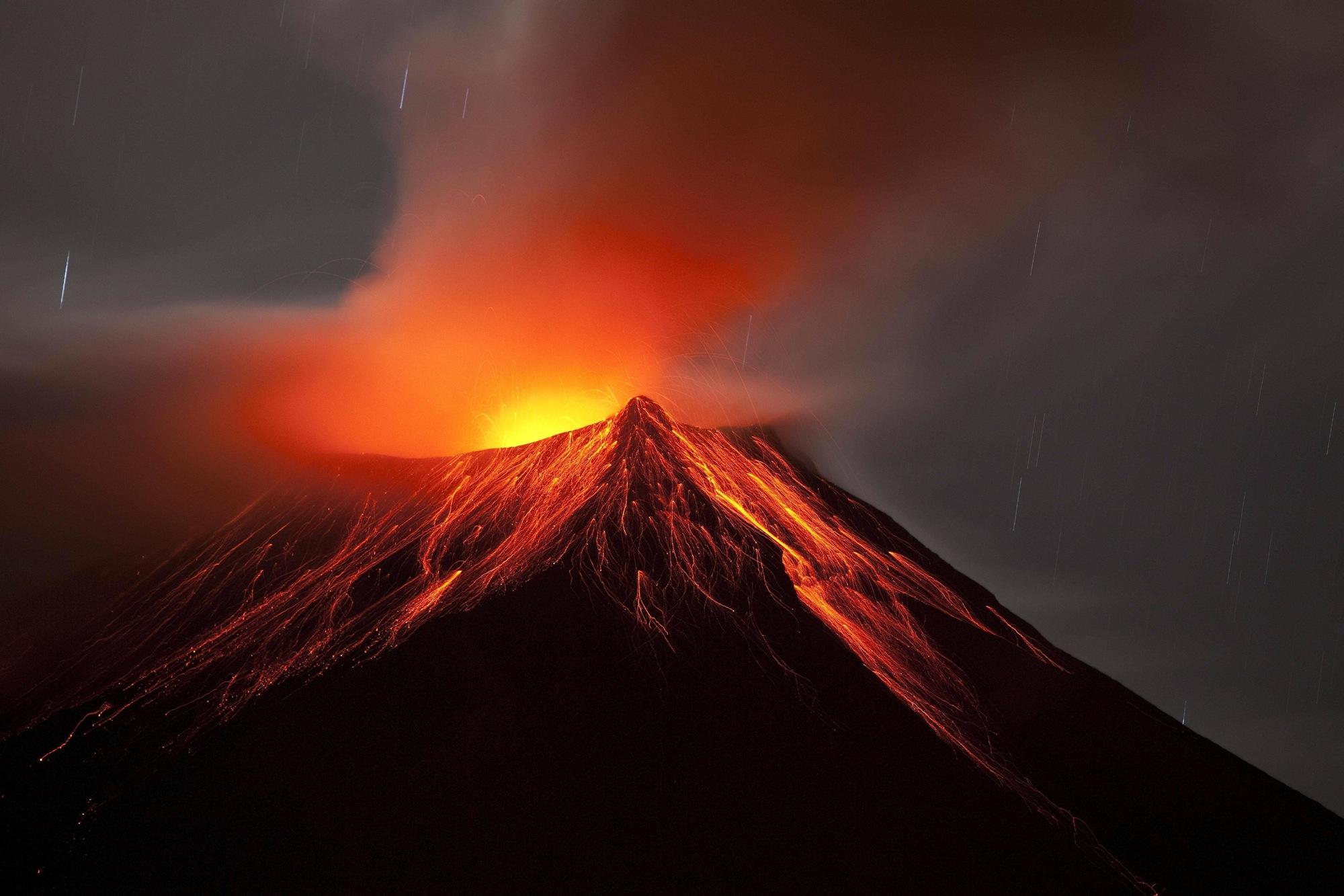 February 29, 2016.  EN.  Tungurahua , Kilauea , Momotombo , Popocatepetl.
