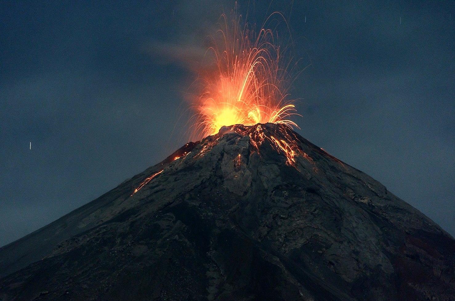 May 21 , 2016. EN. Etna , Fuego , Bárðarbunga , Pavlof , Turrialba.