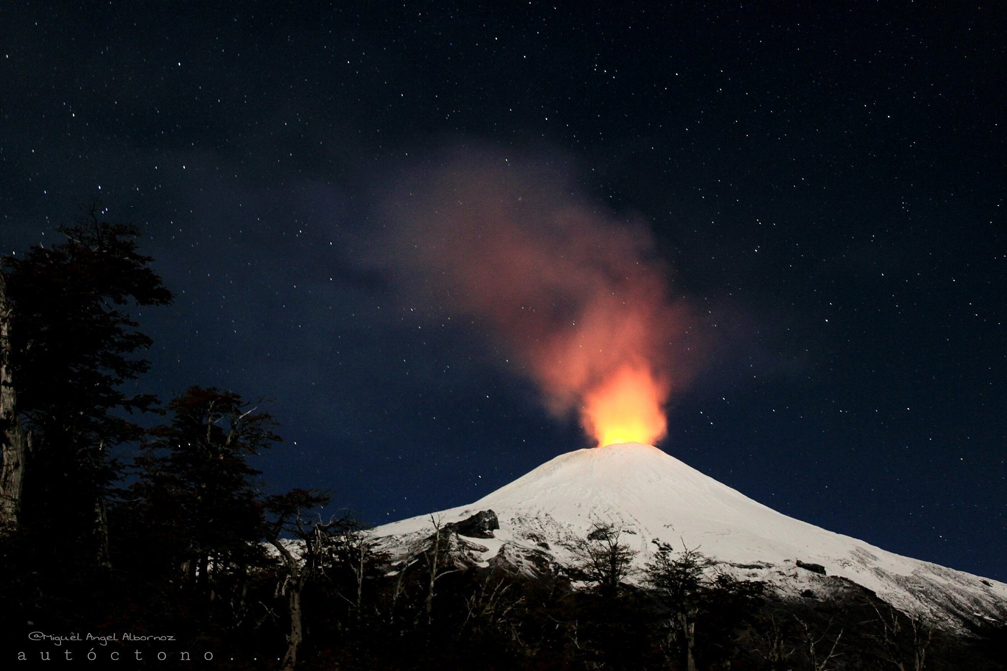 14 Decembre 2018. FR. Chili : Villarica , Colombie : Nevado del Ruiz , Guatemala : Pacaya , Costa Rica : Turrialba .