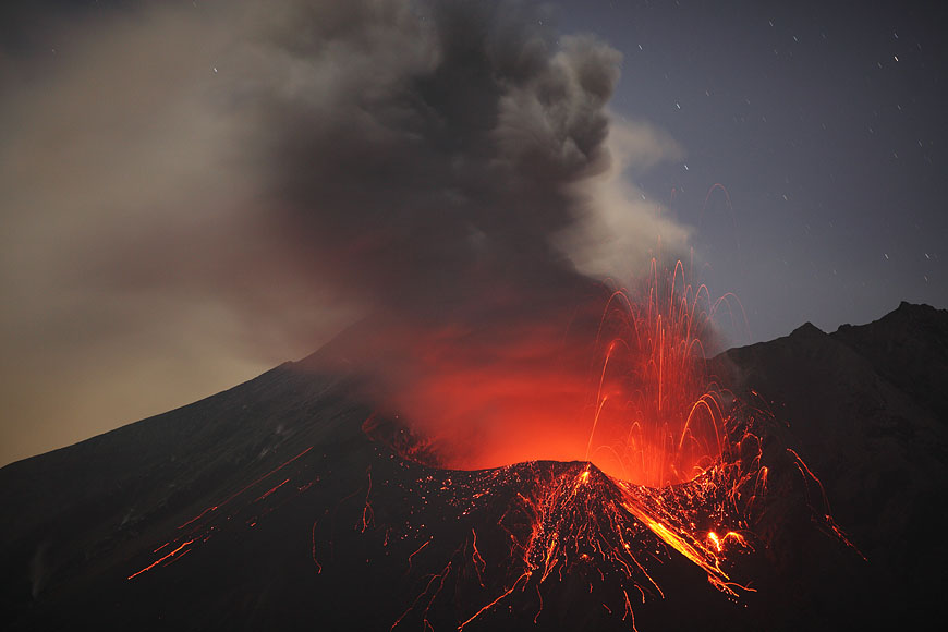 May 11 , 2017. EN.  Poas , Manam , Kilauea , Sakurajima ( Aira).