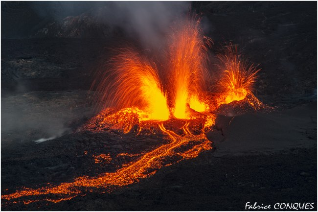 October 14 , 2016. EN. Piton de la Fournaise , Planchon – Peteroa , Asosan, Turrialba .