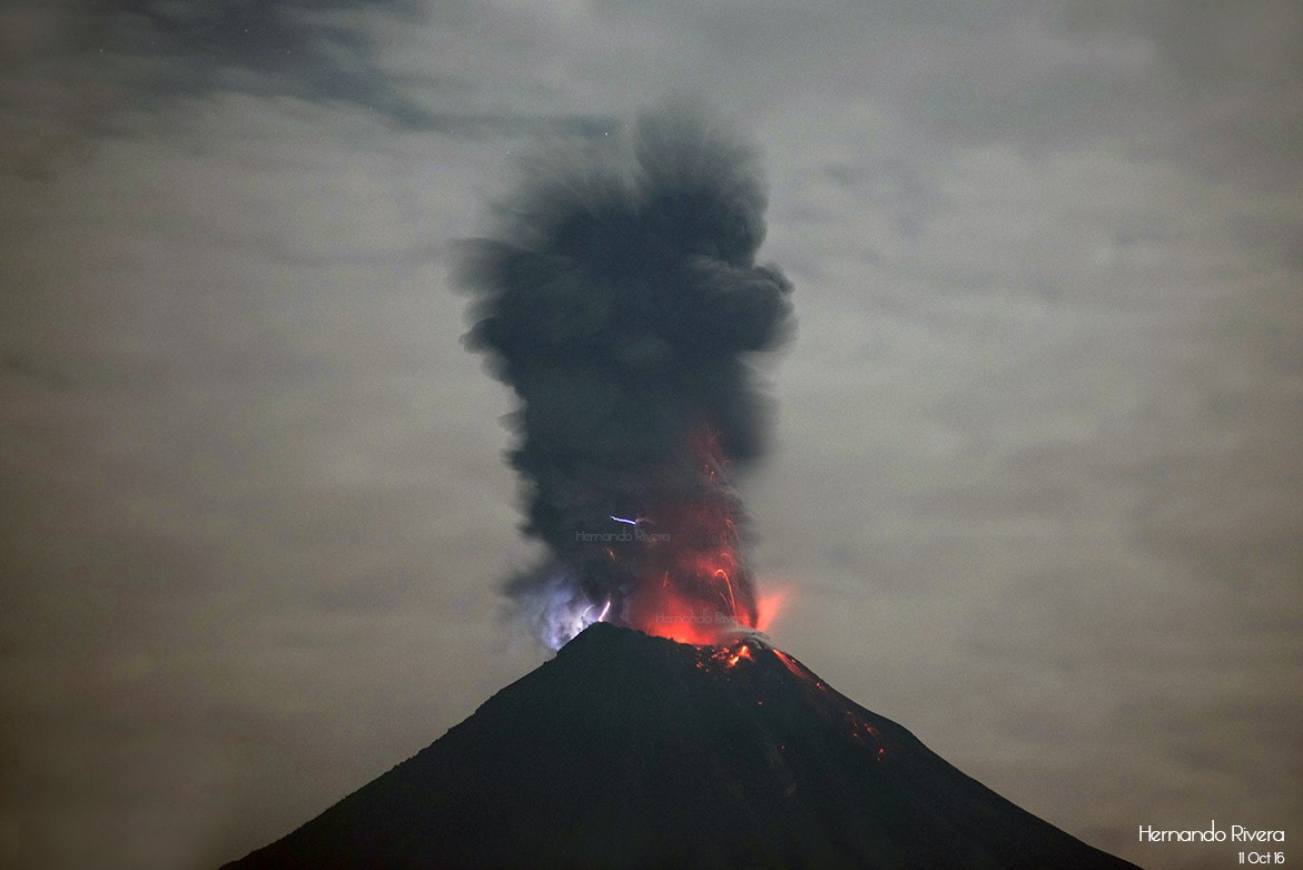 October 20 , 2016. EN.  Colima , Yasur , Ulawun , Mauna Loa .