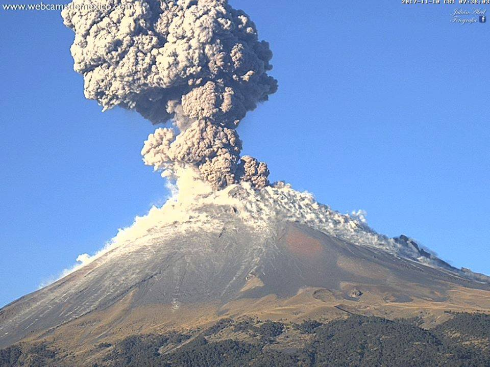 11 Novembre 2017 . FR. Popocatepetl , Katmai , Mauna Loa , Kilauea .