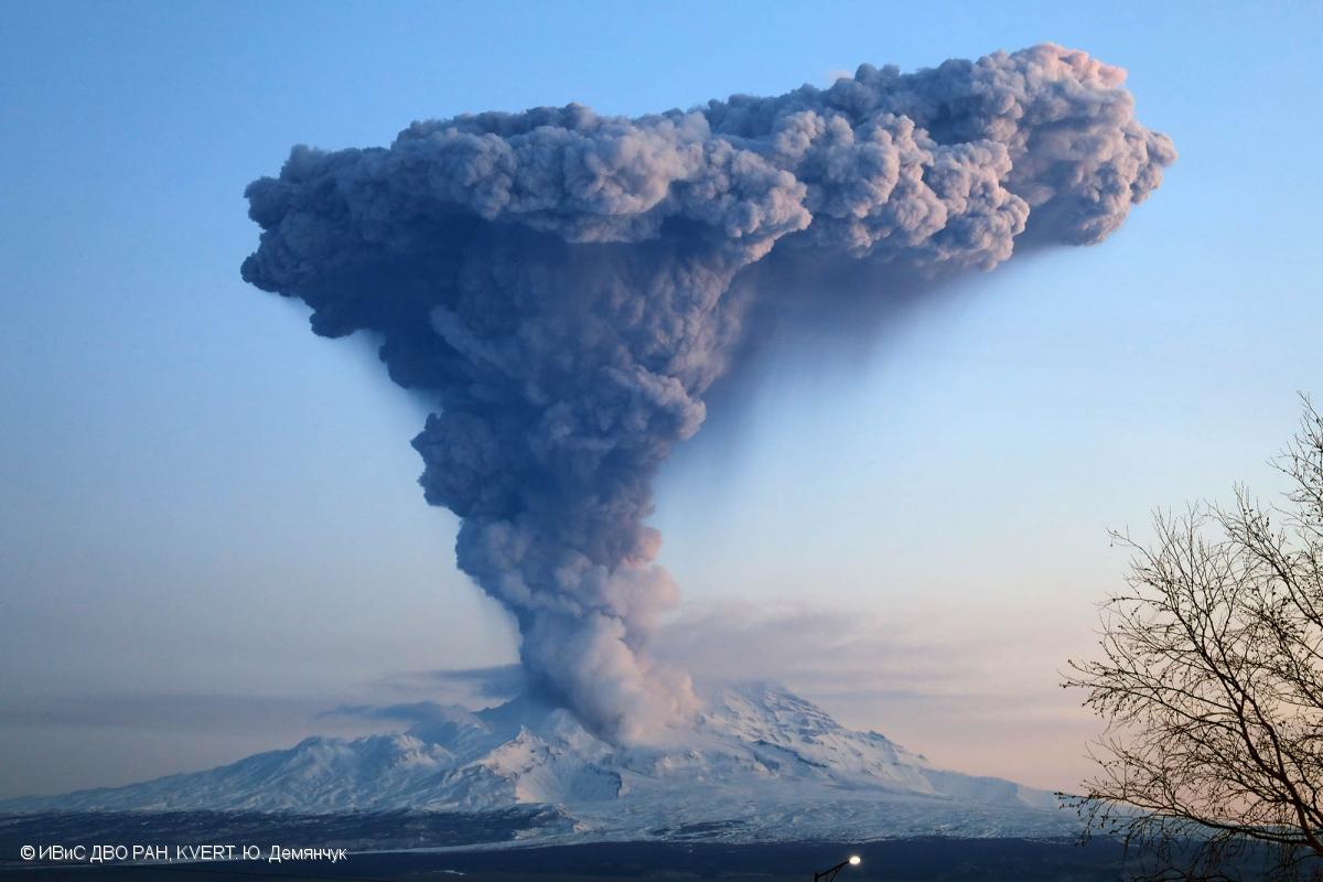 November 09 , 2018. EN.  Colombia : Nevado del Ruiz , Kamchatka : Sheveluch , Ecuador : Reventador , Philippines : Mayon , Guatemala : Fuego .