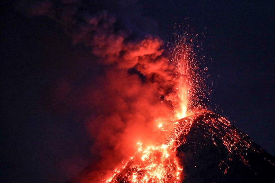 26 Janvier 2018. FR . Mayon , Tungurahua , Nevado del Ruiz , Kadovar .