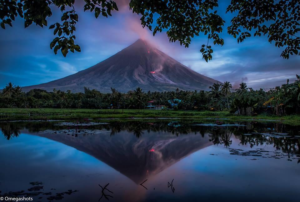 February 04 , 2018. EN.  Mayon , Nevados de Chillan , Sinabung , Karangetang , Ebeko .