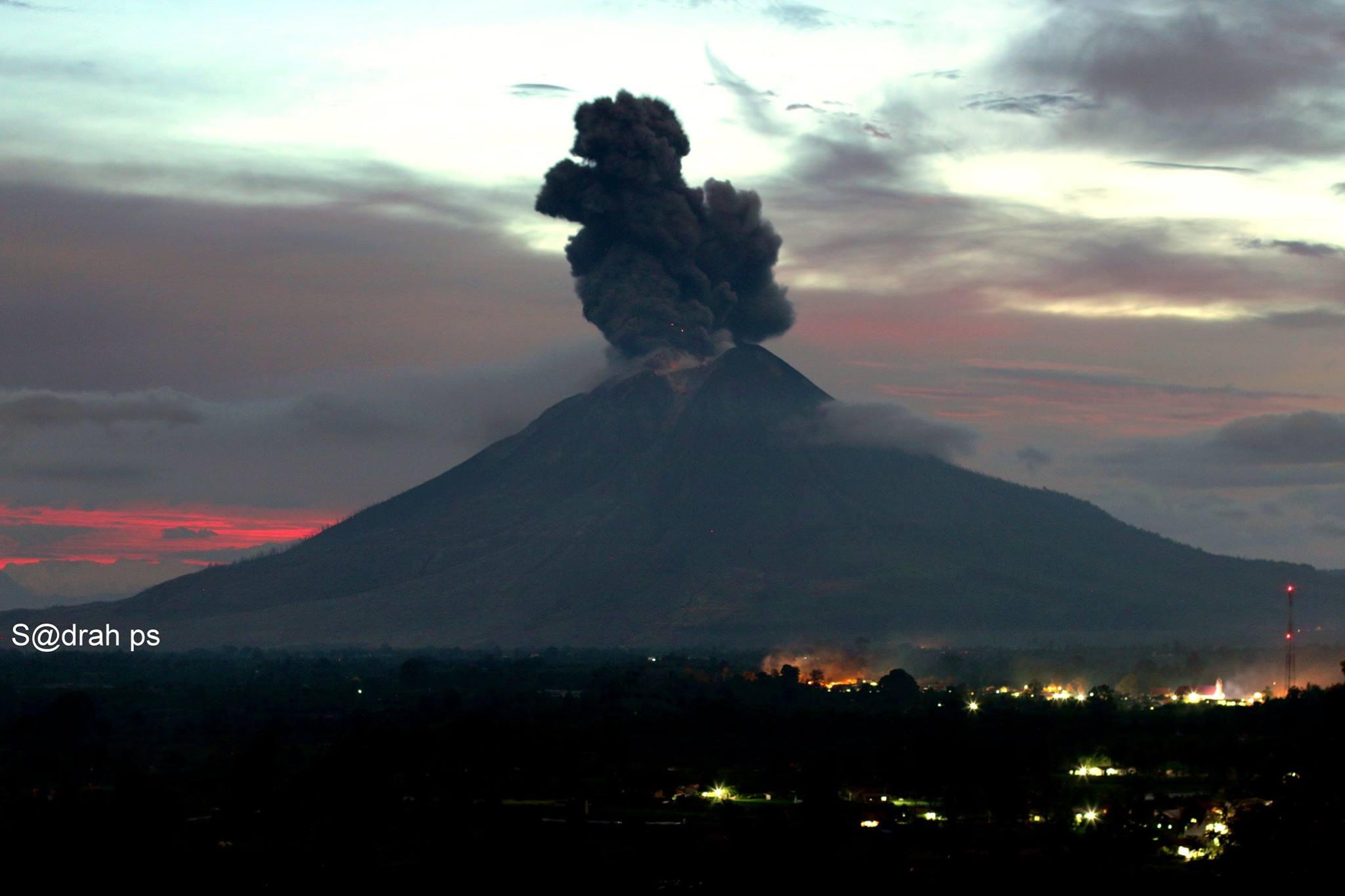 February 26 , 2018. EN.  Mayon , Sinabung , San Miguel ( Chaparrastique ) , Popocatepetl .