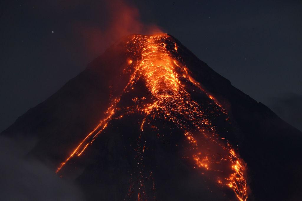 February 05 , 2018. EN.  Mayon , Cumbal , Turrialba , Poas , Rincon de la Vieja , Mount Michael .