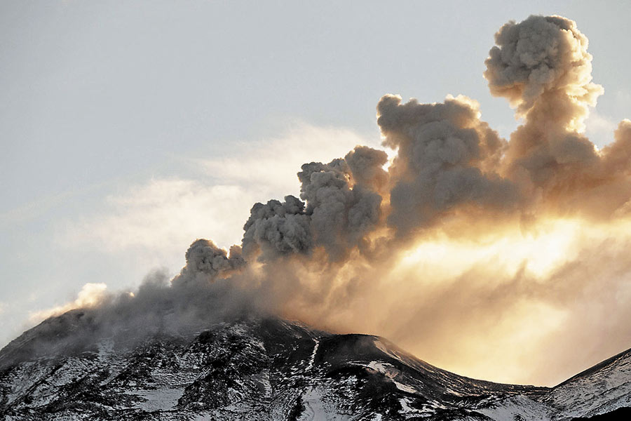 May 13 , 2019 . EN . Chile : Nevados de Chillan , Indonesia : Sinabung , Guatemala : Fuego , Indonesia : Agung .