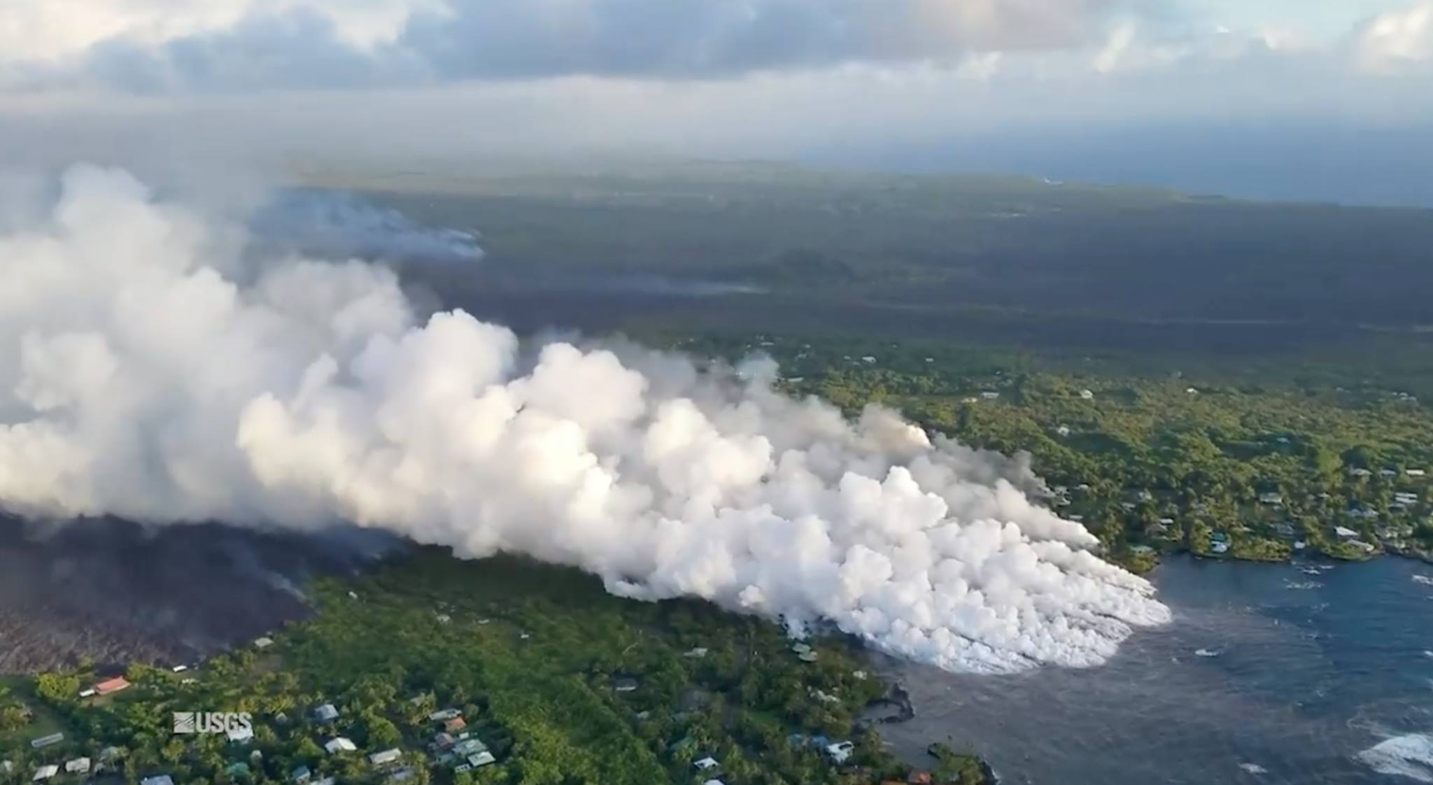 05 Juin 2018 . FR. Pu'u 'Ō'ō / Kilauea , Fuego , Sabancaya , Ebeko .