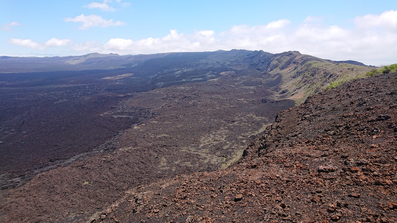 12 Octobre 2018. FR . La Réunion : Piton de la Fournaise , Colombie : Nevado del Ruiz ,  Papouasie Nouvelle Guinée : Manam , Equateur / Iles Galapagos : Sierra Negra .