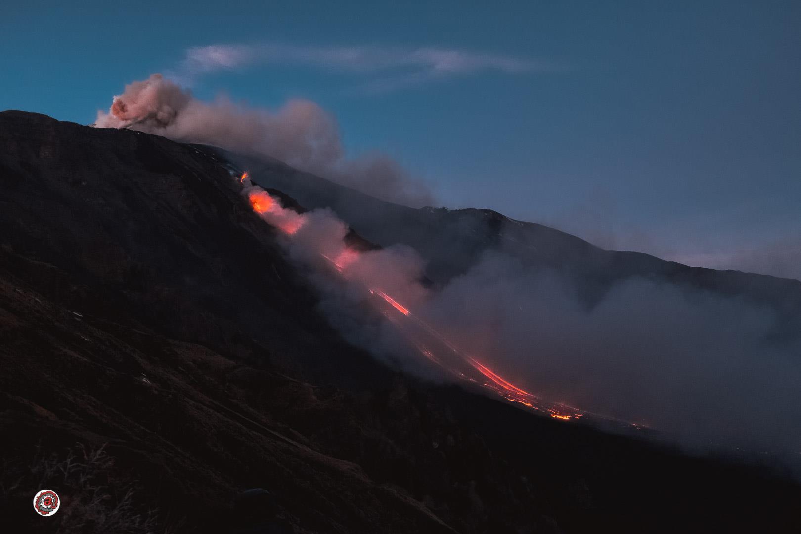 27 Décembre 2018. FR.  Italie / Sicile : Etna , Indonésie : Anak Krakatau , Philippines : Mayon , Pérou : Sabancaya .