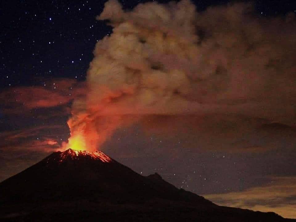 24 Janvier 2019. FR. Colombie : Chiles / Cerro Negro , Hawaii : Kilauea , Mexique : Popocatepetl , Indonésie : Anak Krakatau .