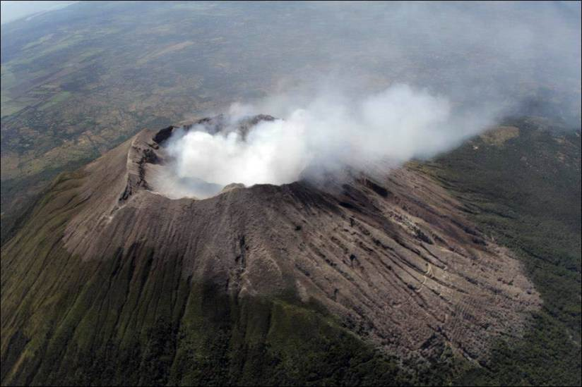 November 10, 2019. EN . Philippines : Taal , El Salvador : San Miguel (Chaparrastique) , Guatemala : Fuego , Costa Rica : Rincon de la Vieja / Irazu / Turrialba .