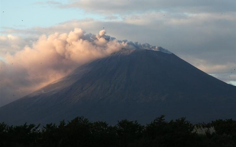 January 07 , 2019.  EN.  El Salvador : San Miguel ( Chaparrastique ) , Indonesia : Karangetang , Philippines : Kanlaon , Mexico : Popocatepetl .