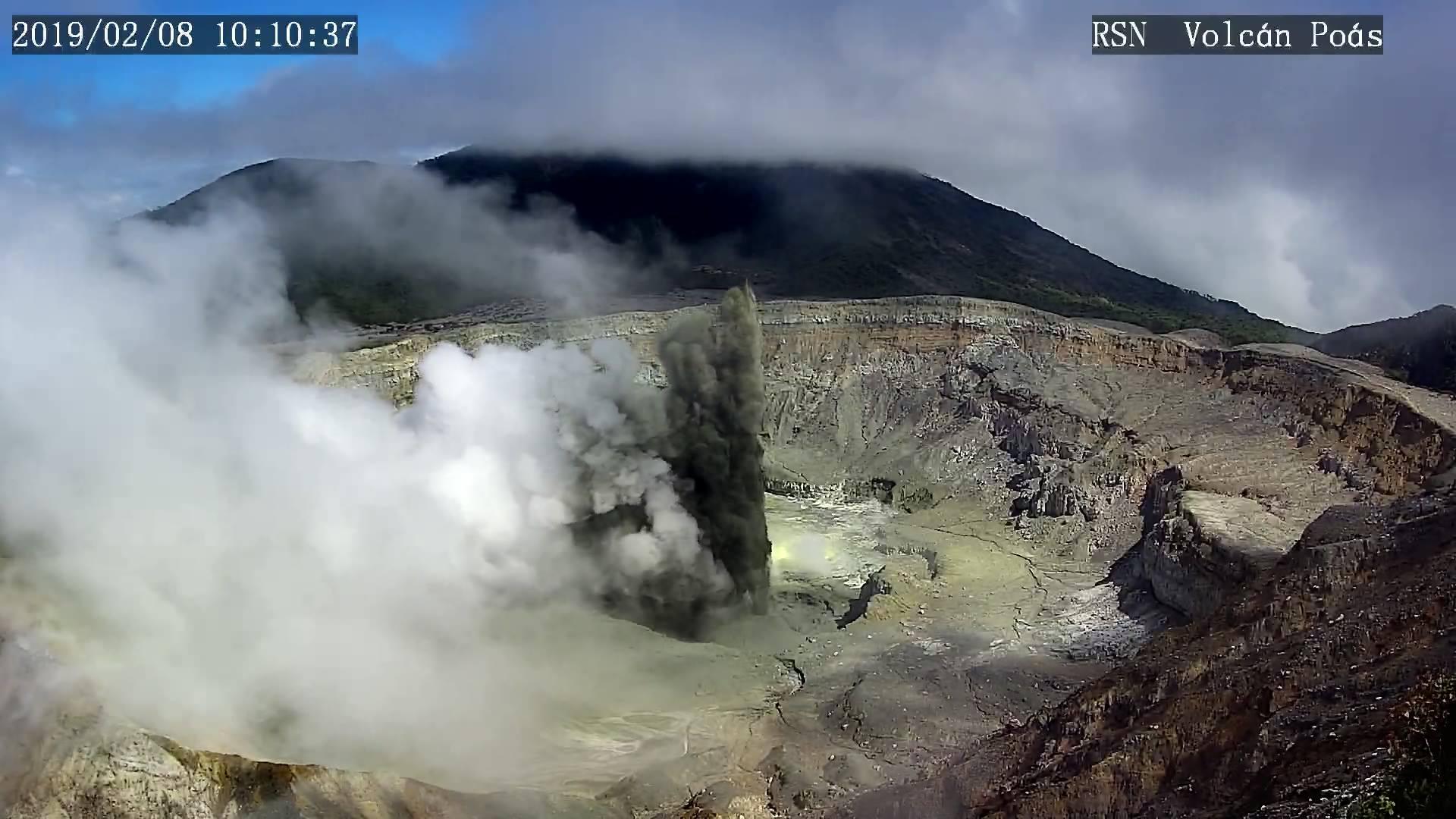 February 09 , 2019.  EN.  Italy / Sicily : Etna , Vanuatu : Ambrym , Chile : Villarica , Costa Rica : Poas / Turrialba / Rincon de la Vieja .