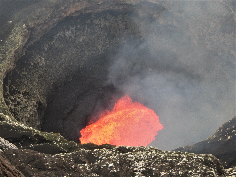 24 Avril 2019. FR . Pérou : Sabancaya , La Guadeloupe : La Soufrière , Colombie : Chiles / Cerro Negro , Archipel du Vanuatu : Ambrym , Indonésie : Anak Krakatau .